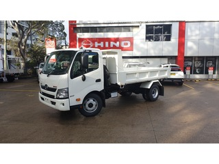 2020 Hino 300 Series 917 Medium Picture 01